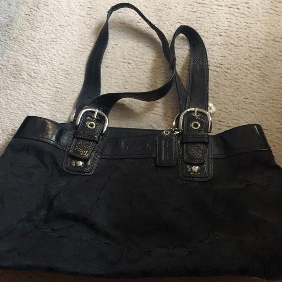 Coach Handbags - Black Coach handbag